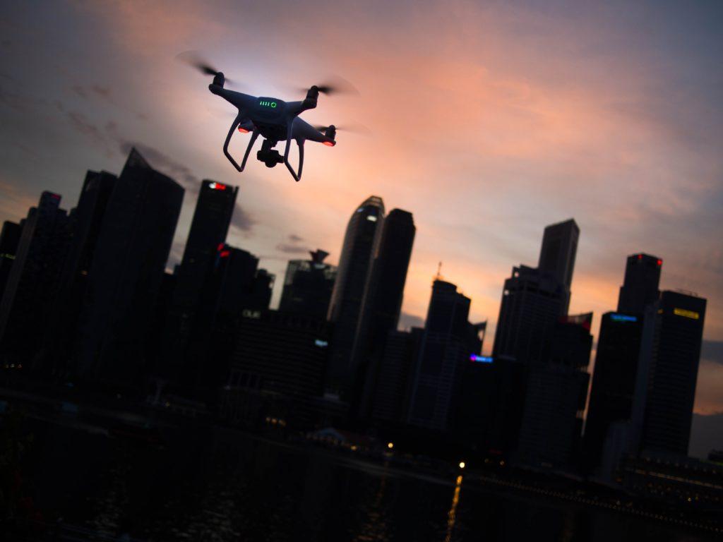 https://risktalk.ch/wp-content/uploads/2020/05/drone-city-1024x768.jpg